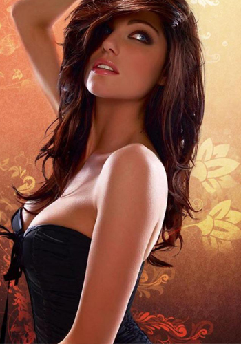 Kitu Sharma Escorts Near Hotels
